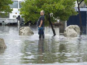 1399477041000-AP-Florida-Flooding